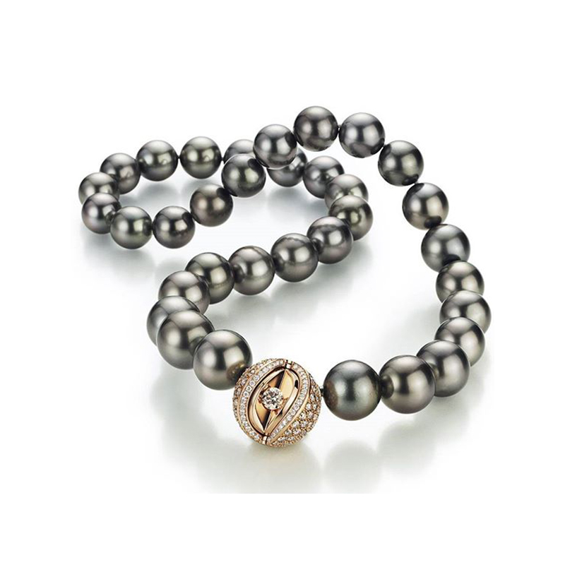 Mystery Sphere Collier