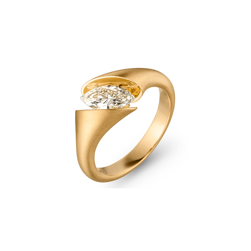 Calla Navette Ring